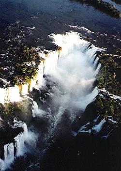 IGUAZU Falls 001